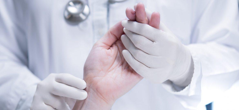 doctor-patient-CVABHP9